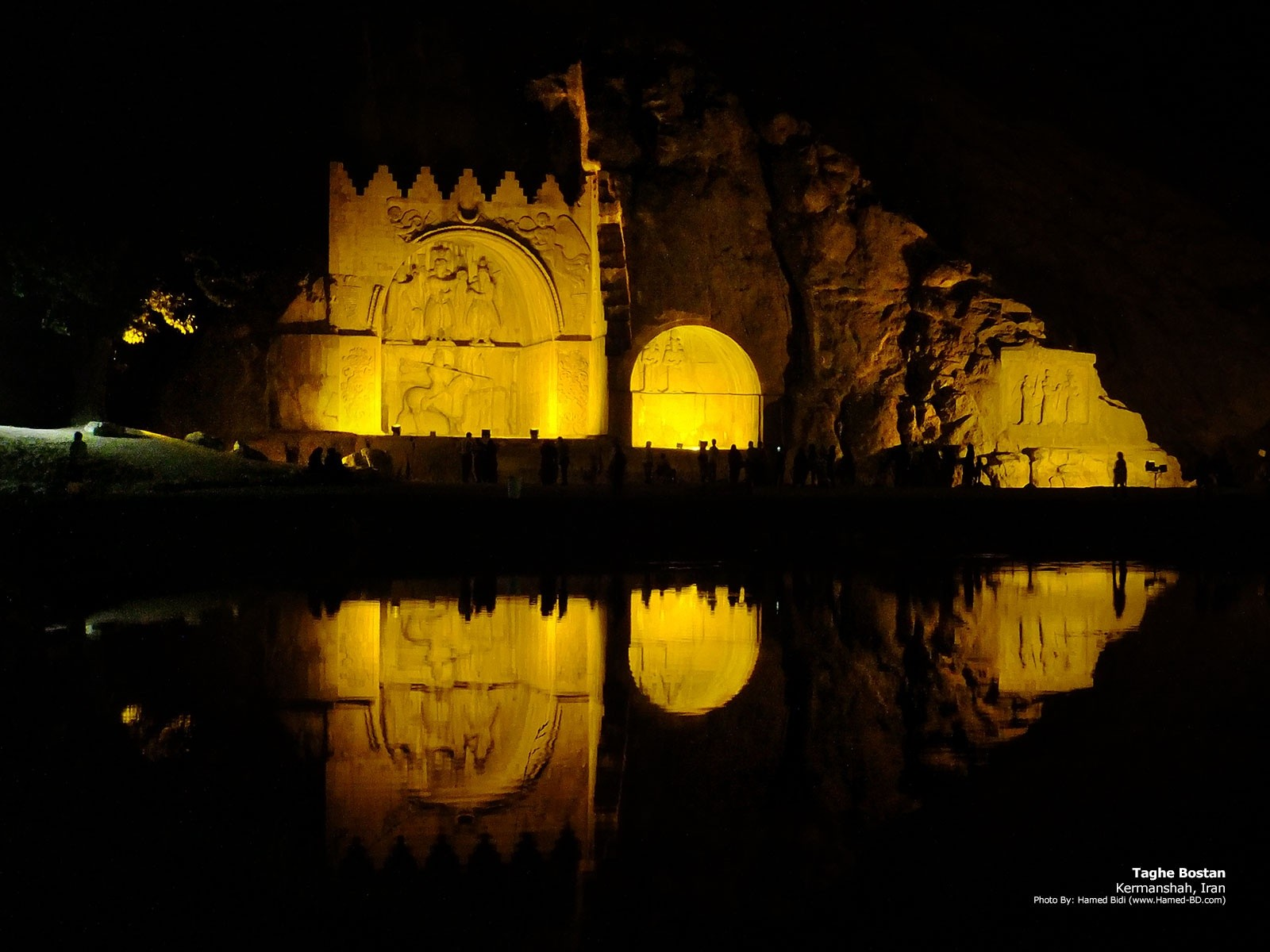 kermanshah-taghe-bostan-iran-travelingcenter-travel-iran
