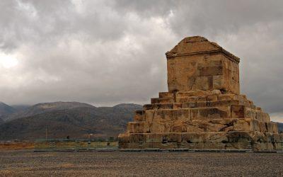 pasargad-iran-shiraz-travel-tomb-of-peace