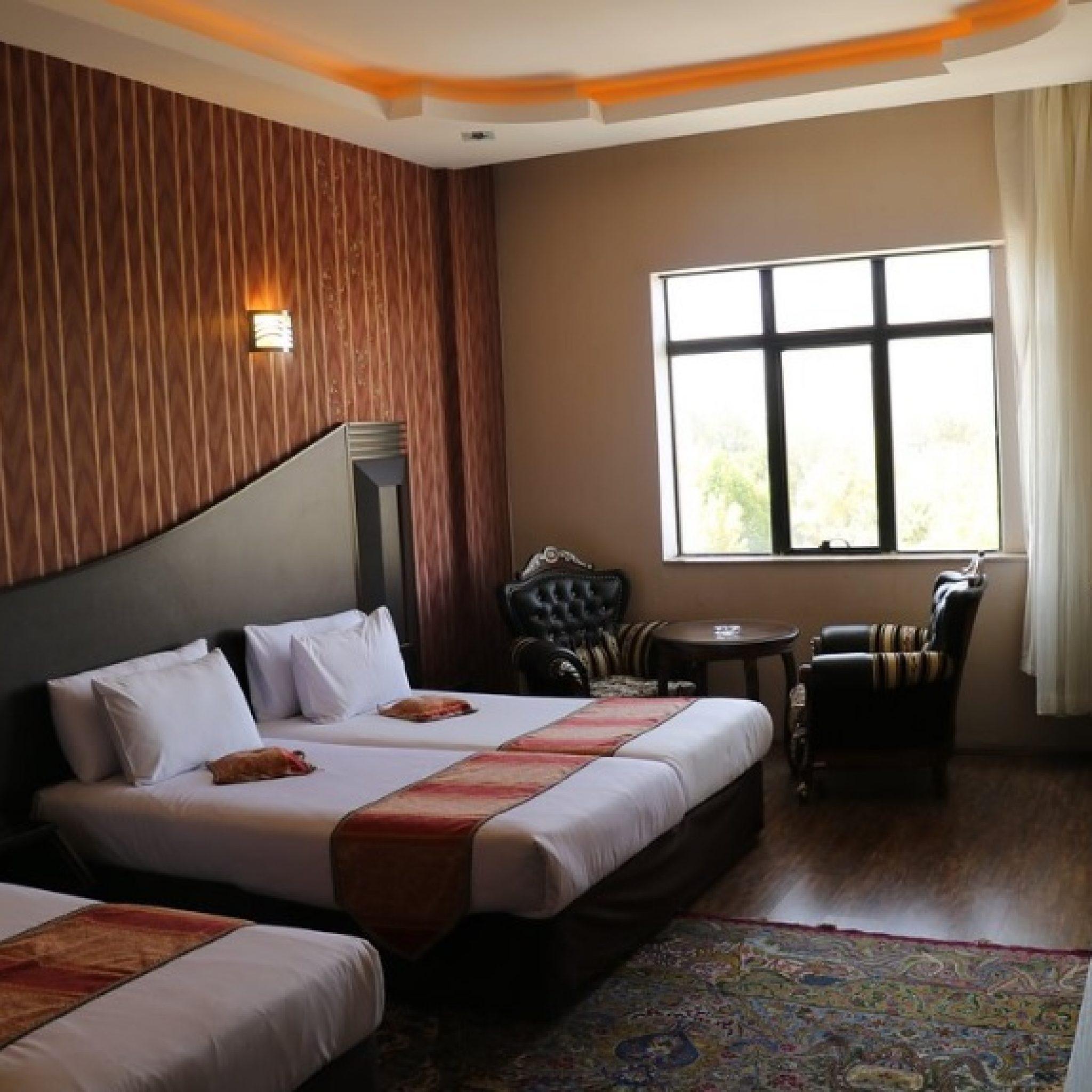 Irantravelingcenter- Baba taher Hotel hamadan