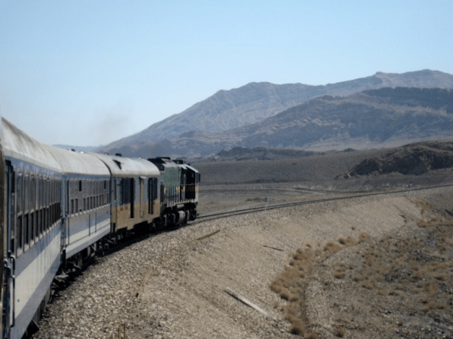 domestic-train-iran