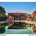 isfahan-iran-traveling-center-202-column-esfahan