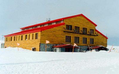 irantravelingenter - Tochal ski tour