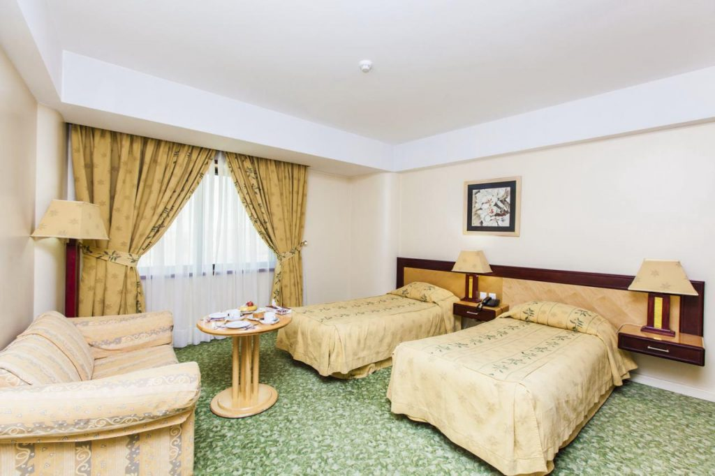 irantravelingcenter , El Goli Hotel Tabriz