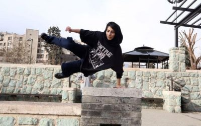 Iranian girls parkouring in Tehran's Parks